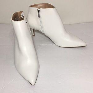 Shoes - White kitten heel booties size 8 1/2